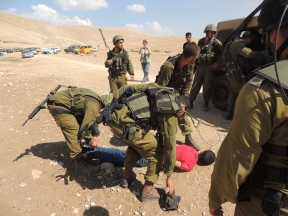 R. Marques - Palestinians arrested - Mak-Kul - 130920