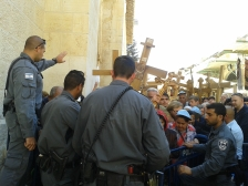 Barriers and Israeli police allowed limited access for Good Friday pilgrims. Photo EAPPI/L. Sharpe.