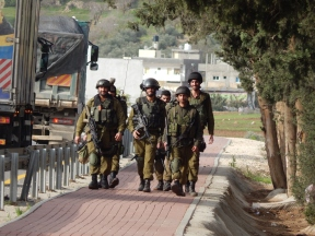 R Viney-Wood - Soldiers walking towards As Sawiya school (on the right) - 031214
