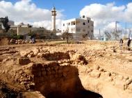 D.Peschel - Excavations on Tel Rumeida hill - Hebron - 281214
