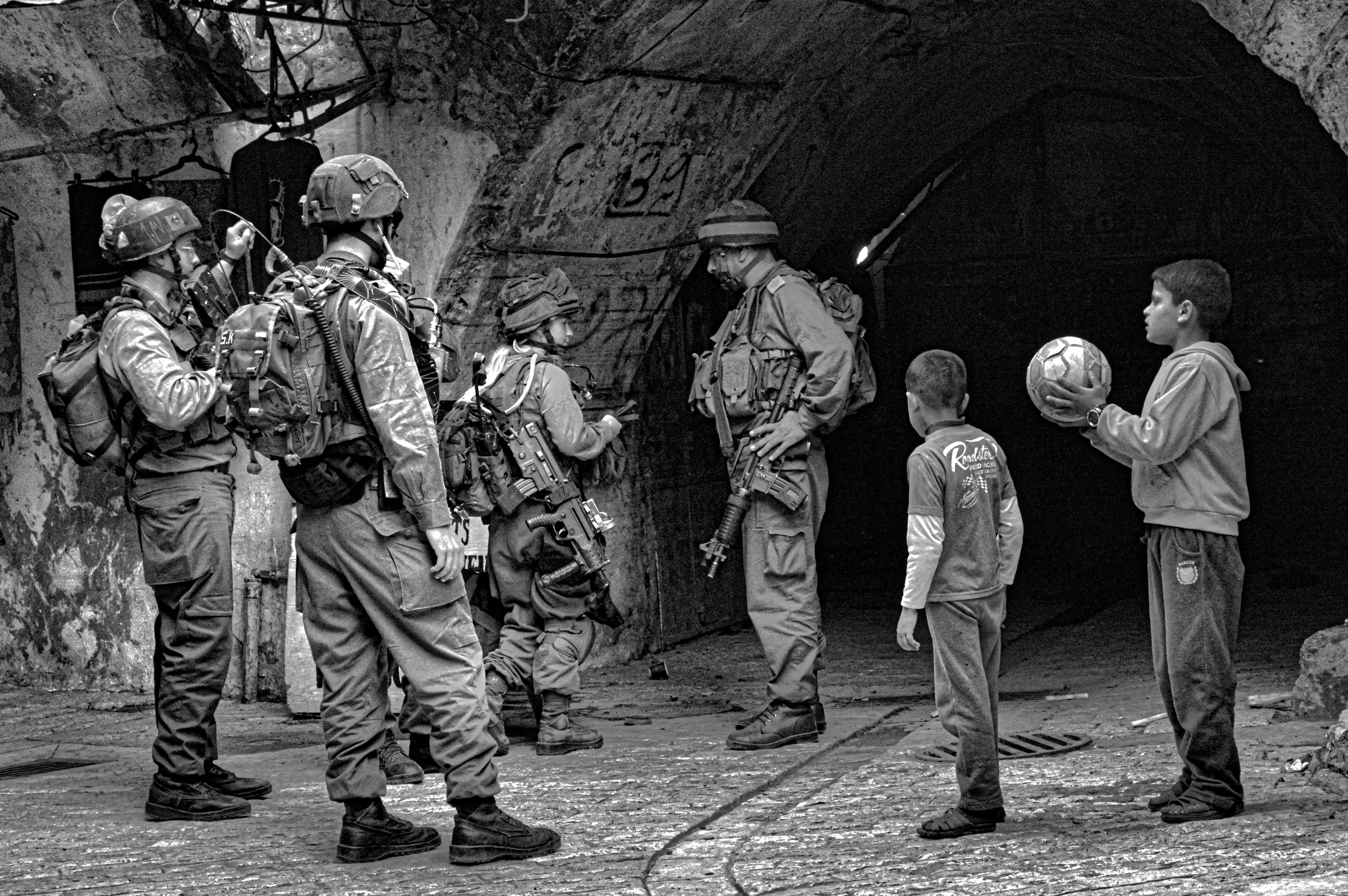 photo essay the life of a child under occupation in hebron