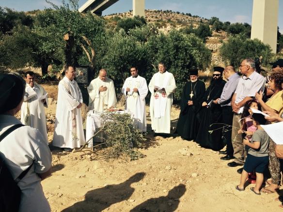 21.08.2015 Beit Jala, Beit Ouna prayer in area Phpto EAPPI / O. Dukic