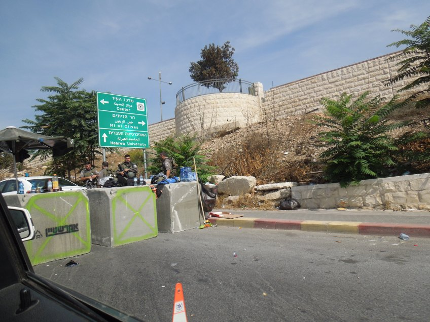 18.10.15 Jerusalem. Check Point Photo EAPPI