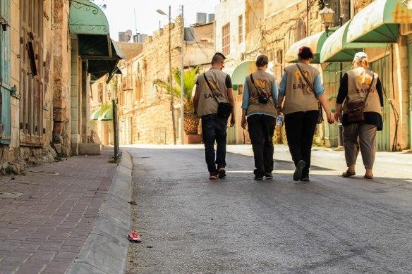 24.08.15_Hebron H2, Shuhada Street Protective presence Photo EAPPI R. Leme