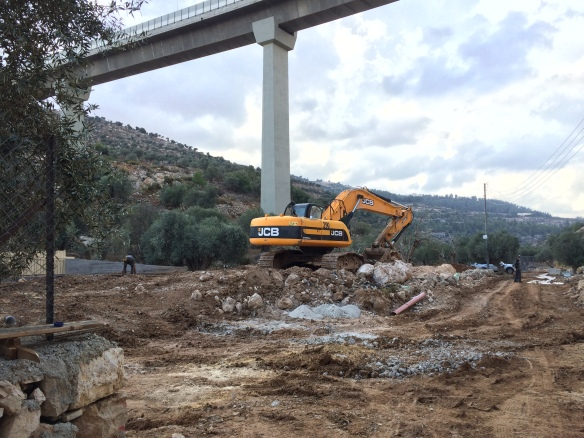 29.10.15, Bethlehem, construction in the Cremisan Valley on local farmers land. Photo EAPPI I.F.