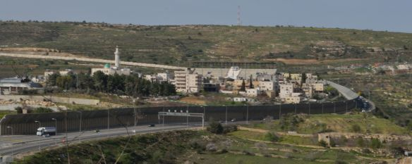 02-03-16 Al Khadr Route 60 to Hebron runs alongside the four schools in Al Khadr, to the right EAPPI K Fox