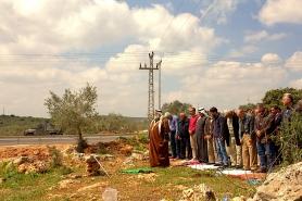 18.3.16, Prayers at Deir Istiya. EAPPI/A. Dunne