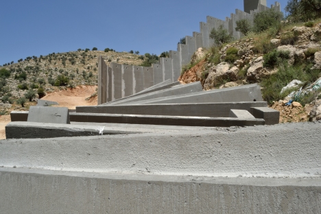 bethlehem-bir-ouna-concrete-slabs-lie-on-the-ground-before-the-separation-barrier-is-erected-through-the-cremisan-valley-photo-eappik-fox-23-04-16