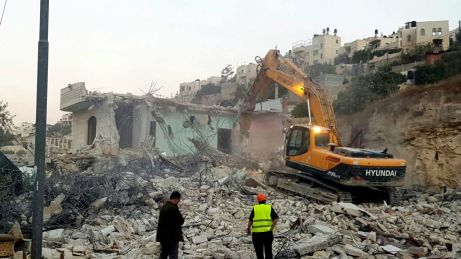26.10.16, Silwan, bulldozers demolishing a house, Mohammad Jaafra.